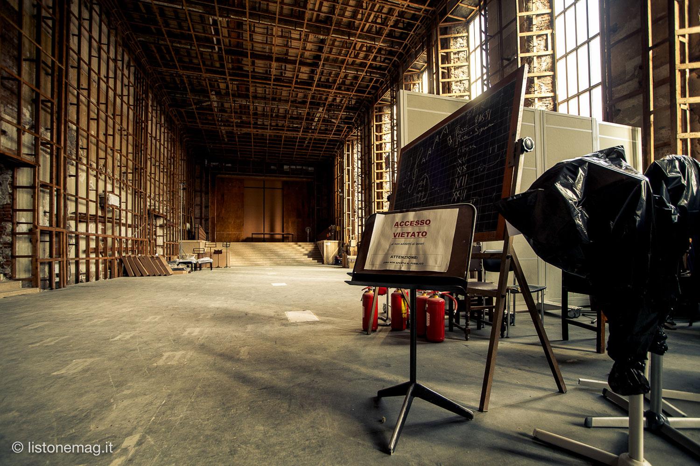 L'auditorium del Conservatorio di Ferrara, inagibile per lavori di restauro. Finiranno?