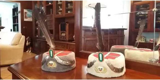 1_Opere della mostra La storia nel cappello che saranno esposte al Teatro parrocchiale di Quartesana