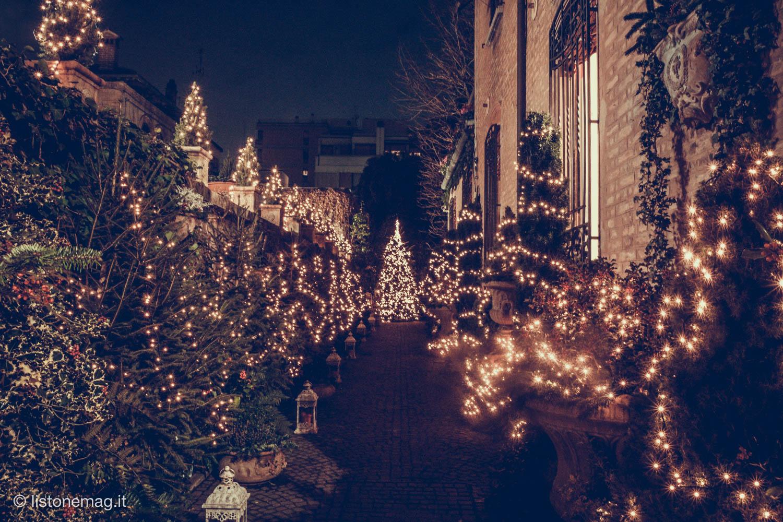 Decorazioni Natalizie Londra.Nel Giardino Di Natale Piu Fotografato Di Ferrara Listone Mag